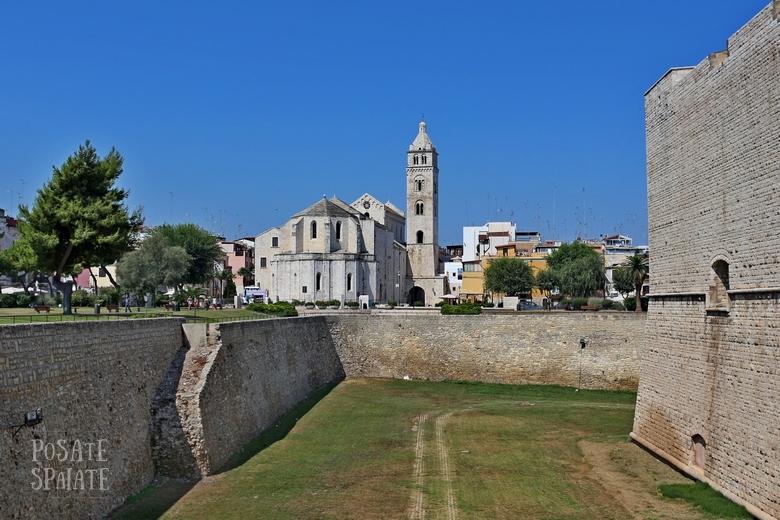 Puglia Barletta - Posate Spaiate