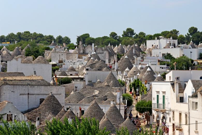 La Puglia che ci piace tra città bianche, trulli e ricci