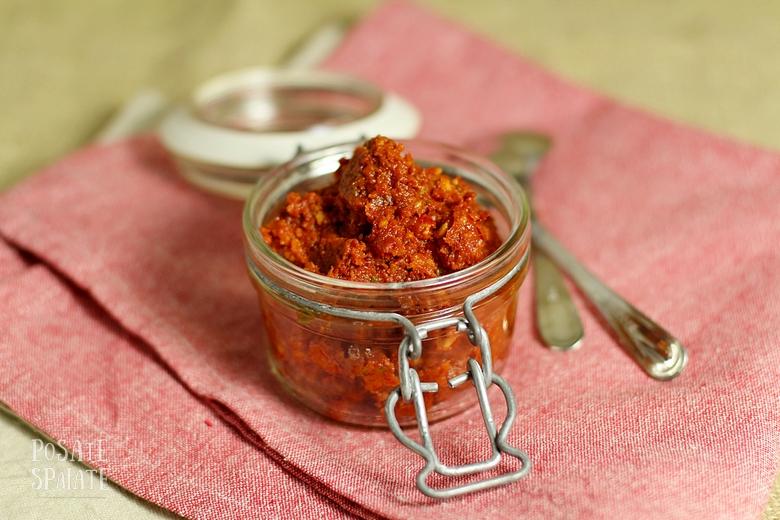 Pesto di pomodori secchi_Posate Spaiate