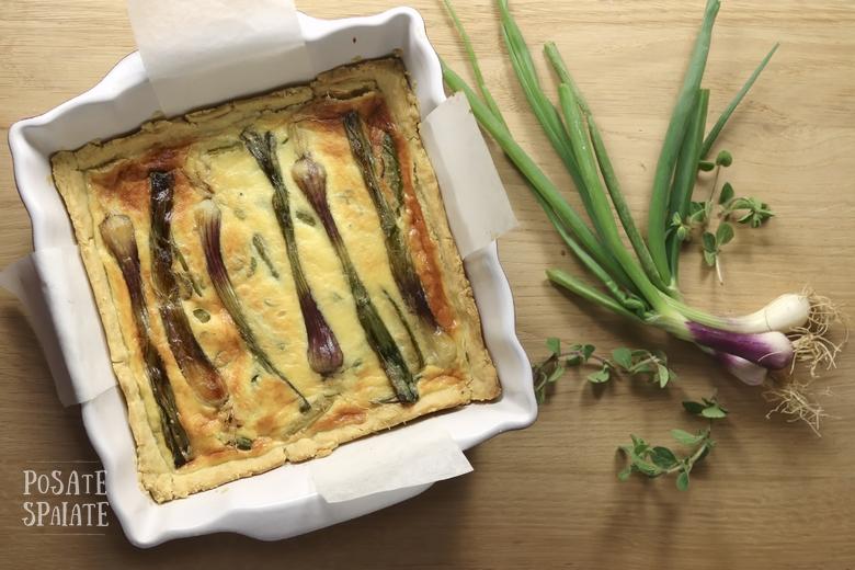 Quique con i cipollotti e zucchine_Posate Spaiate