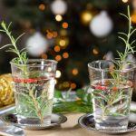 Gin Tonic di Natale con anice stellato, rosmarino e pepe rosa