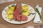 Salame da cuocere con patate bollite