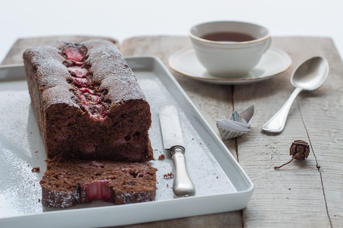 Plumcake al cioccolato e fragole_Posate Spaiate