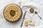 Crostata senza burro con farina di mais e camomilla