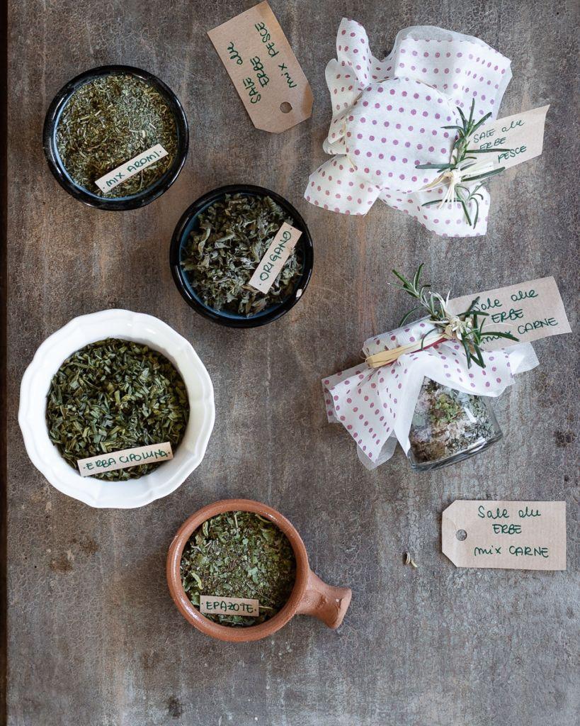 Sale alle erbe_Posate Spaiate